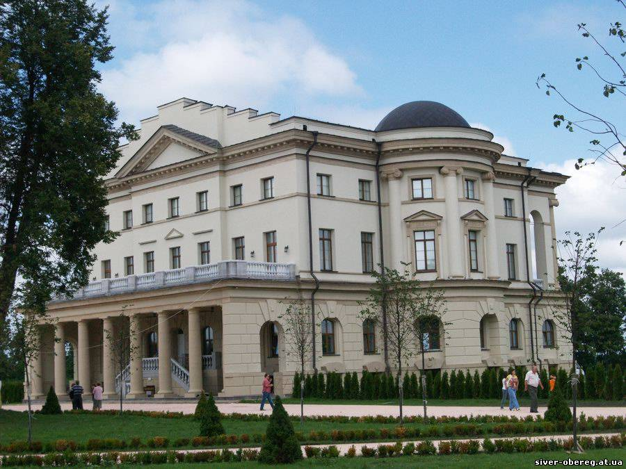 Дворец Разумовского